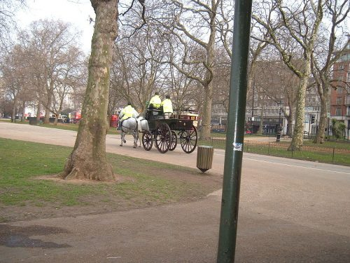 Hyde_Park. Wikipedia
