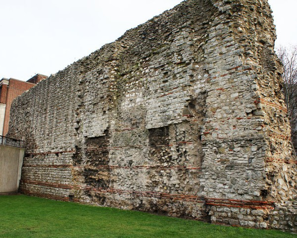 antiga muralha de Londres - wikipedia